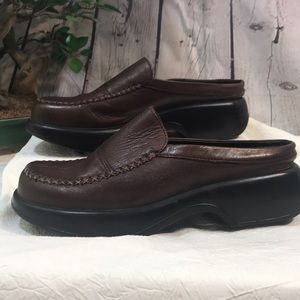 EUC Dansko Mules brown leather size 38
